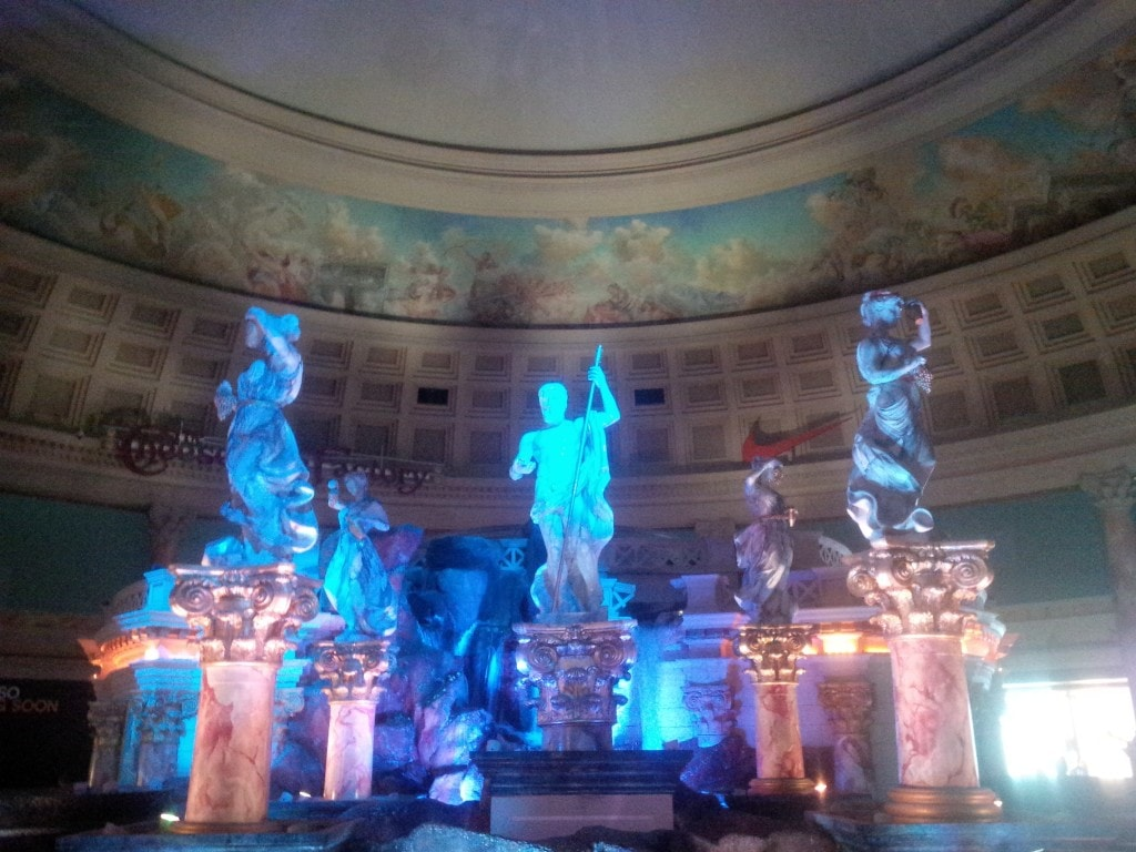 """Atlantis Show at the Forum Shops - """"The Bellagio Las Vegas in July - Hot Hot Hot!"""" - Two Traveling Texans"""