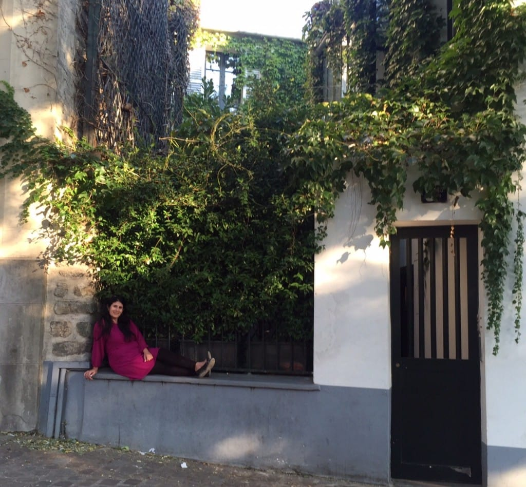 """Anisa hanging out in the Montmarte neighborhood in Paris during her October 2015 trip - """"Our 2016 Travel Wish List"""" - Two Traveling Texans"""