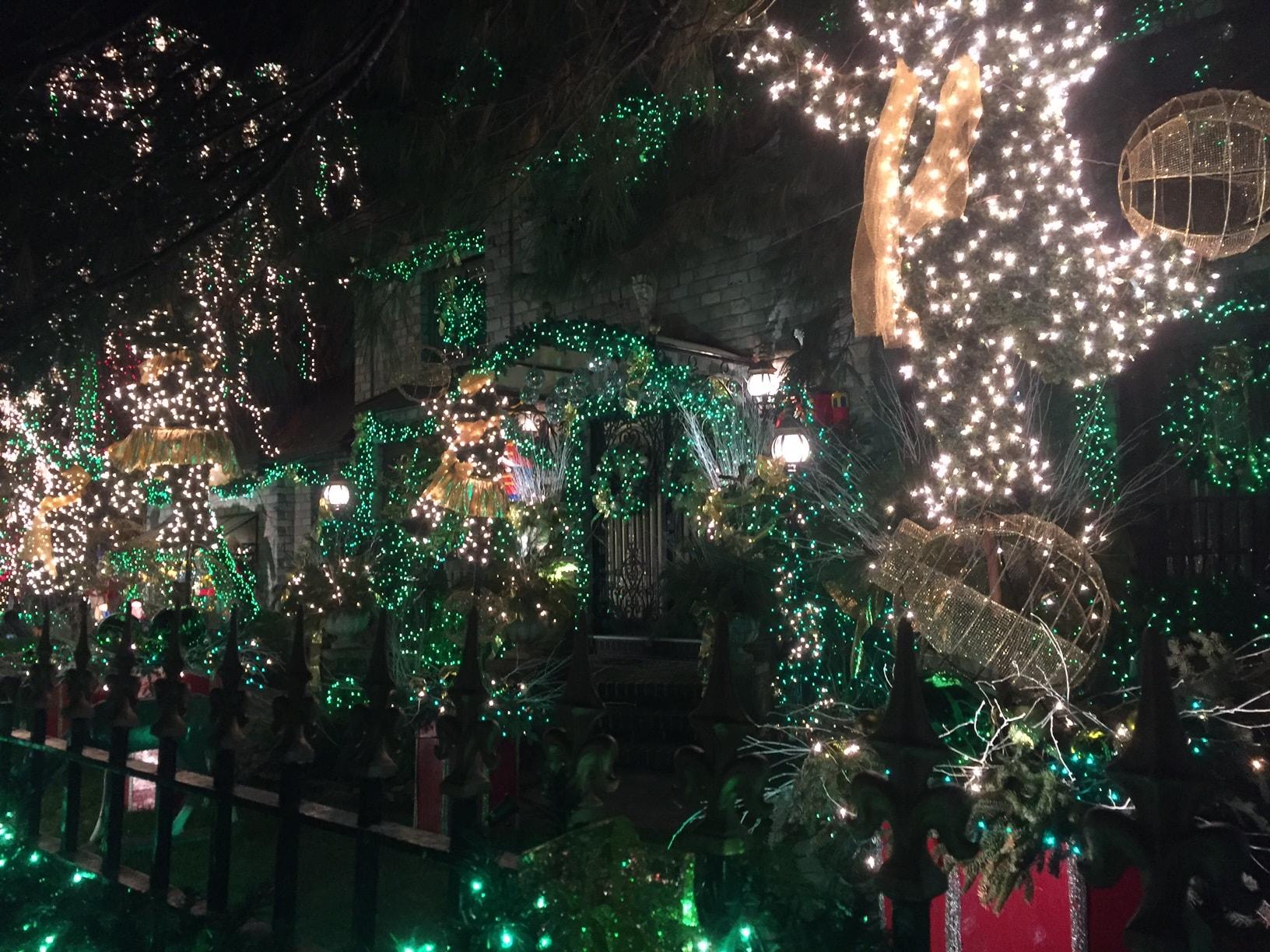 dyker heights christmas light tour