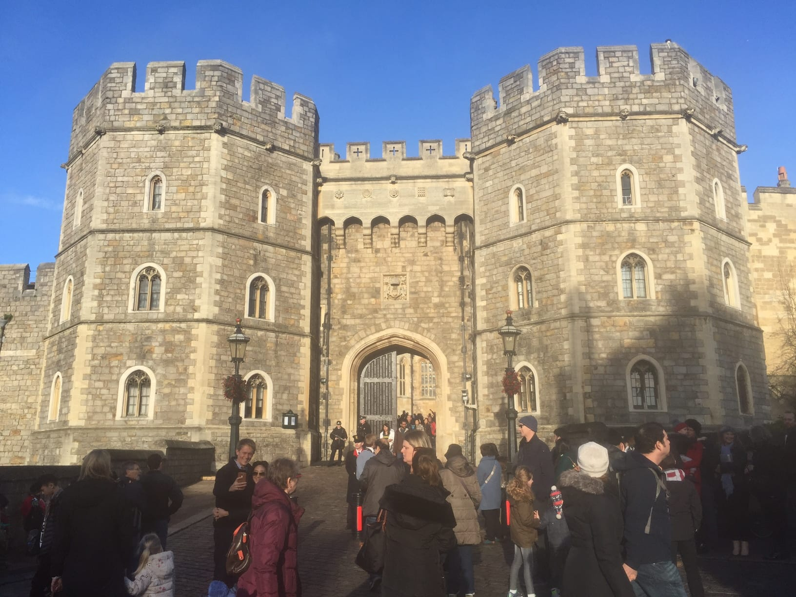 Windsor Castle: Inside the Queen's Weekend Home - Two ...
