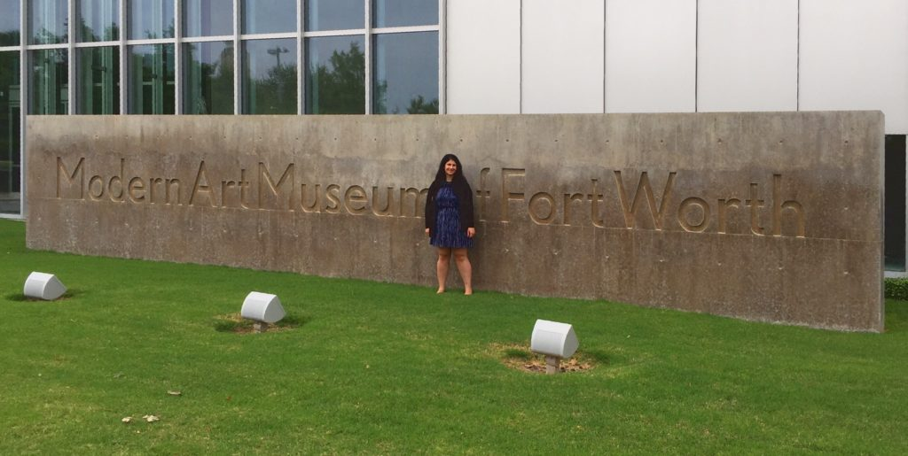 Anisa in front of the Modern Art Museum of Fort Worth