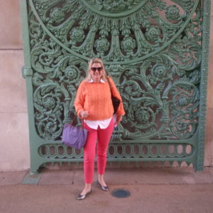 Katherine at the Wellington Arch in London