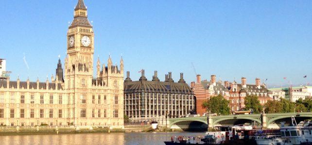 UK Registered Traveller: Speed through Airport Immigration