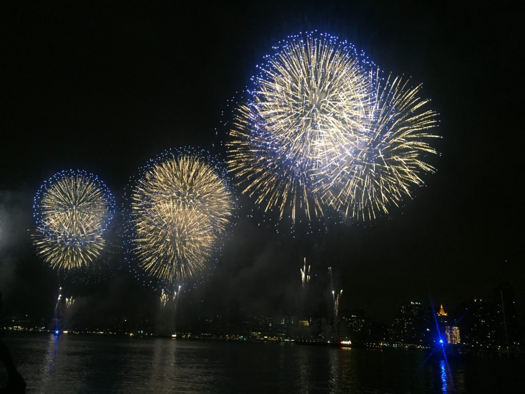 """The Macy's Fourth of July fireworks light up the sky over Manhattan. - """"The Best Free Summer Events in NYC"""" - Two Traveling Texans"""