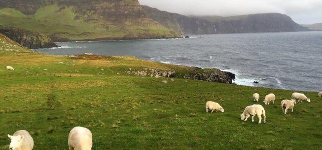 Neist Point Lighthouse: Best Sunset Spot on Isle of Skye?