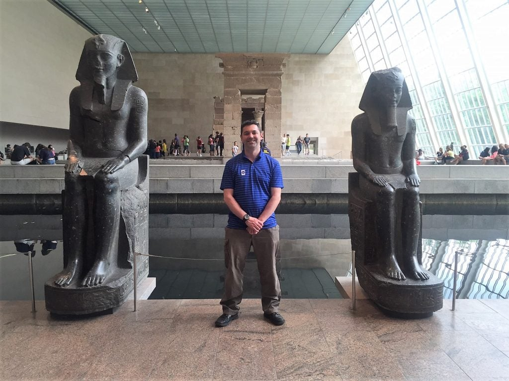 """Russell at the Temple of Dendur in the Met. - """"Met vs MOMA: Which Museum is Best?"""" - Two Traveling Texans"""