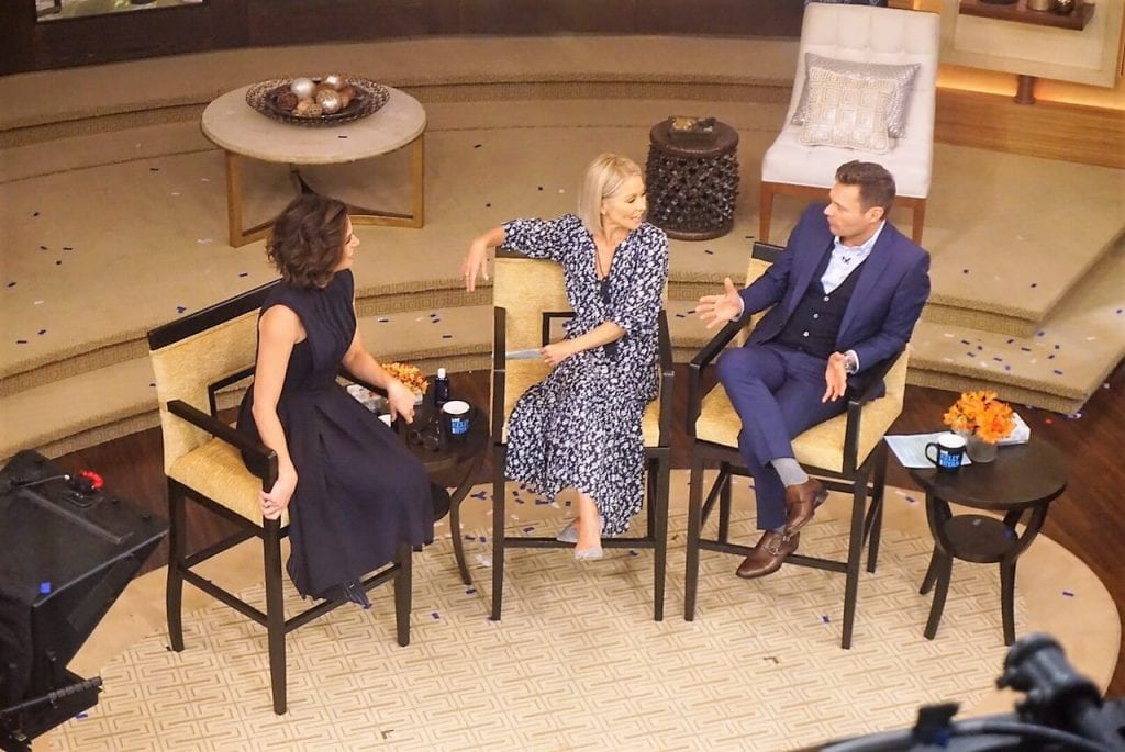 """Kelly and Ryan chat with Lana Parilla. - """"How to See TV Tapings in NYC With 1iota Tickets"""" - Two Traveling Texans"""